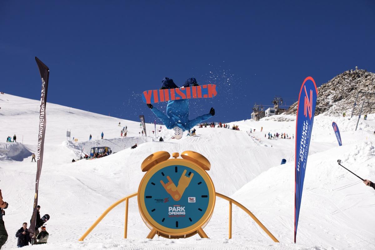 Hotzone.tv Park Opening Hintertux: Der ultimative Start in die Snowpark-Saison