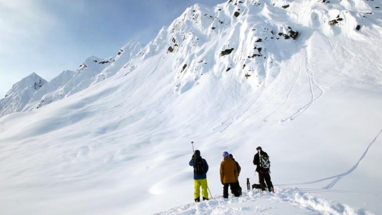 Keep Your Tips Up: Ice Wall Jibbing & Alaskan Spines