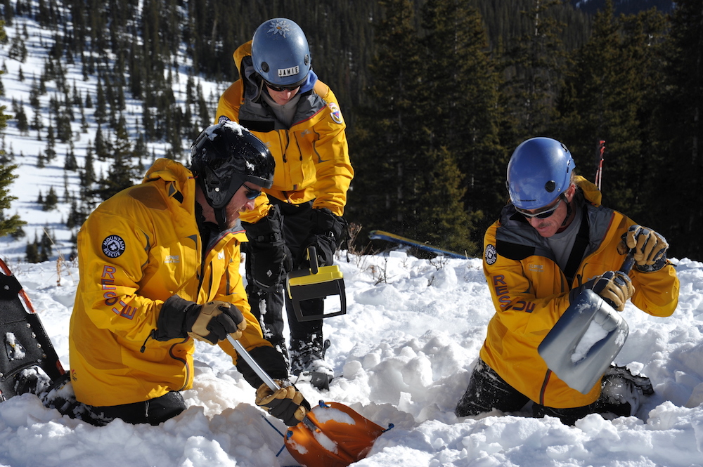 Avalanche_rescue_03