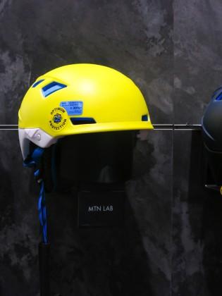 Passend zum Freeride Touring gibt es mit dem MTN Lab den Helm