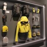 Wie einige andere Top-Brands auch, setzt OAKLEY auf gelb.
