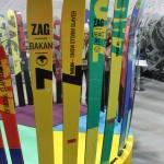 Bei ZAG hat man sich einmal durch die ganze Farbpalette designt. Wem gefällts?