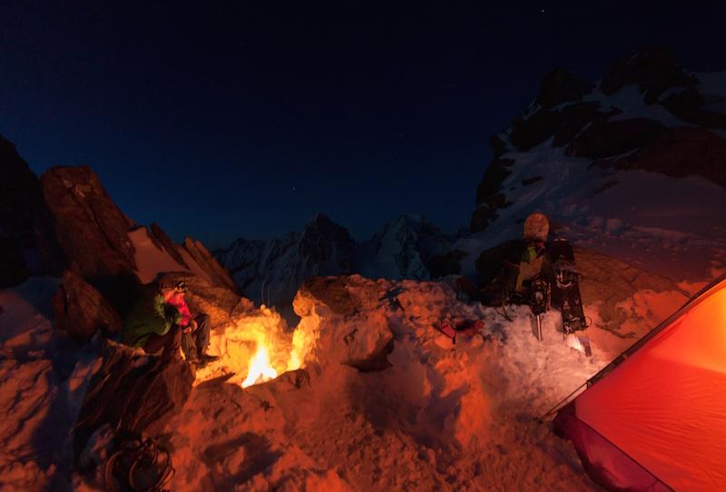 Foto: Andi Prielmaier - Location: Glacier d´Argentiere - Rider: Ingolf Schmitt, Nikolas Lutz (Filmer)