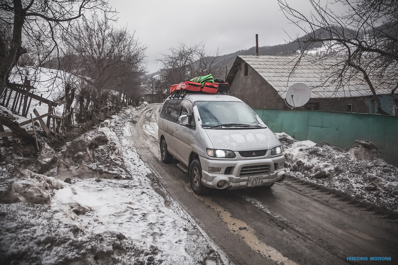 Eine optimale Straße sieht anders aus - Foto: Klaus Listl