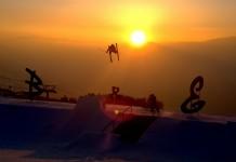 Auch B-Mile ist ein Rider den man eher aus sicken Edits kennt, Seine Dub 7er, wie hier vor dem atemberaubenden Sonnenuntergang von Les Arcs, waren echte Crowd und auch Riders Pleaser. (c) Chris Neumann