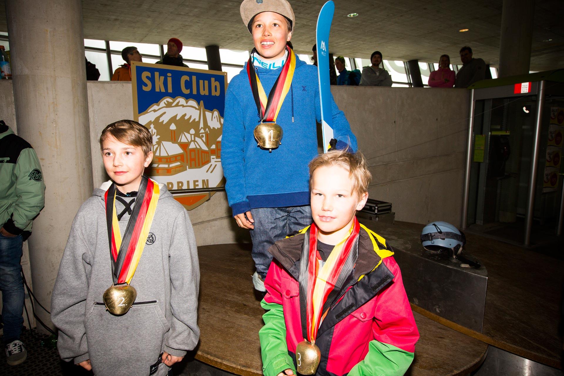 Podium der Boys, Jahrgang 04 - 05: Philipp Mayer, Nico Hauzenberger, Tom Buchholz - Foto: Florian Breitenberger