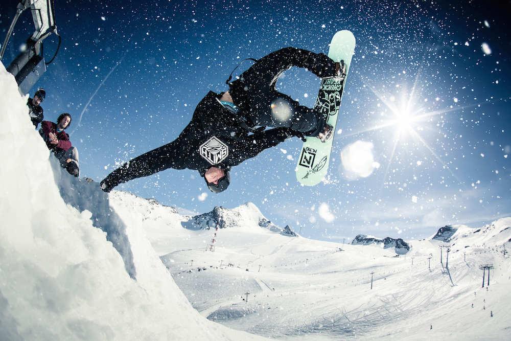 02_Snowpark_c_MarkusRohrbacher_Gletscherbahnen_Kaprun_AG