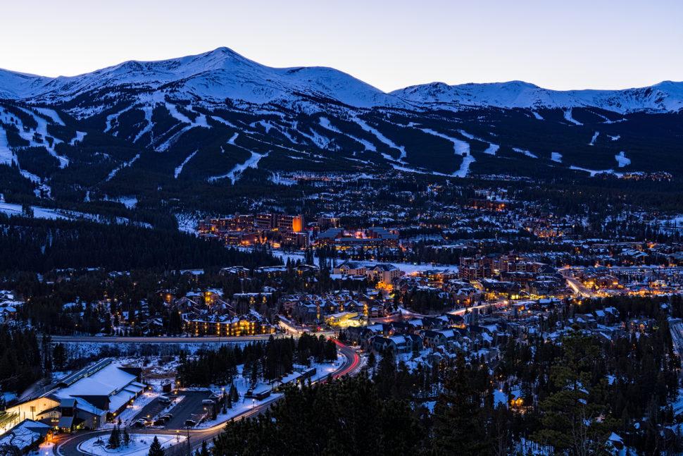 Die DEW Tour veranstaltet im Winter 2016/2017 ihren einzigen Freeski Contest im wunderschönen Breckenridge, Colorado. - Foto: dewtour.com