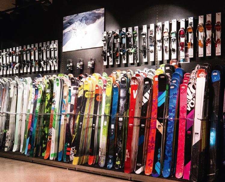 Das Angebot von Sport Bittl Shop in Allach bietet quasi für jeden (Freeski-) Geschmack etwas.
