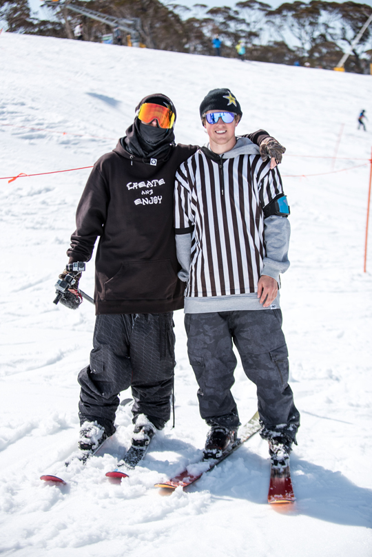 Diese beiden Jungs sorgen mit SLVSH für das momentan am meisten beachtete Format im Freeski Business. Danke!! - Foto: Rachel Bock