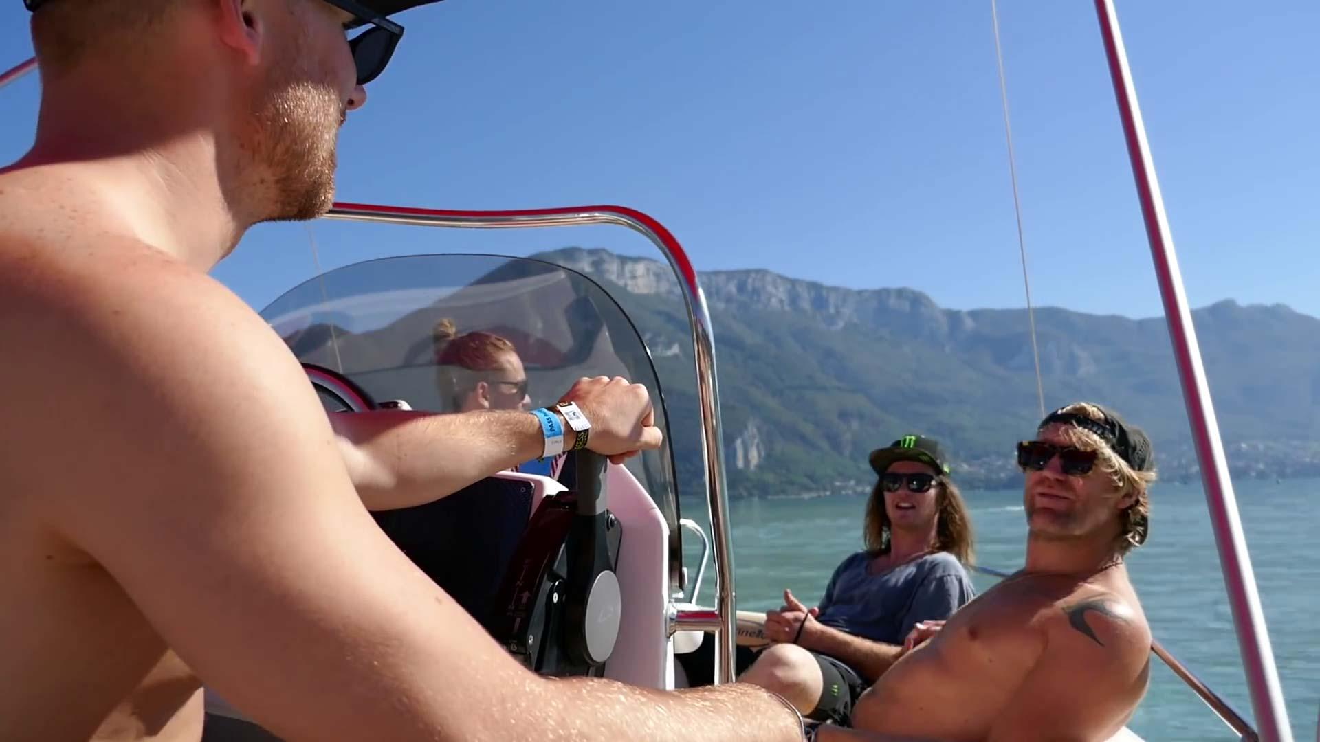 Bei diesem Wetter würden wir wahrscheinlich auch eher einen Ausflug mit dem Boot machen anstatt uns über einen super sketchy City Big Air Kicker zu knallen.
