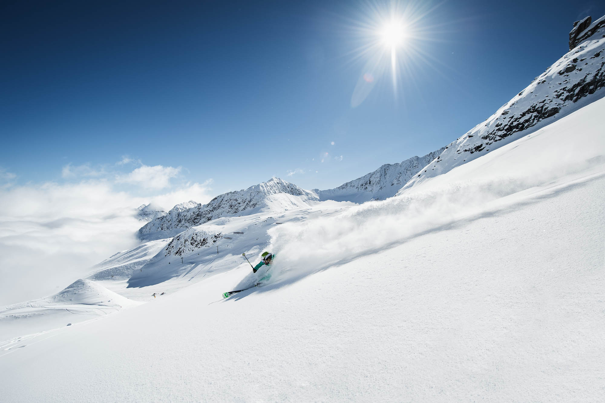 stubaier-gletscher_andre-schanherr_powder-department_web-22