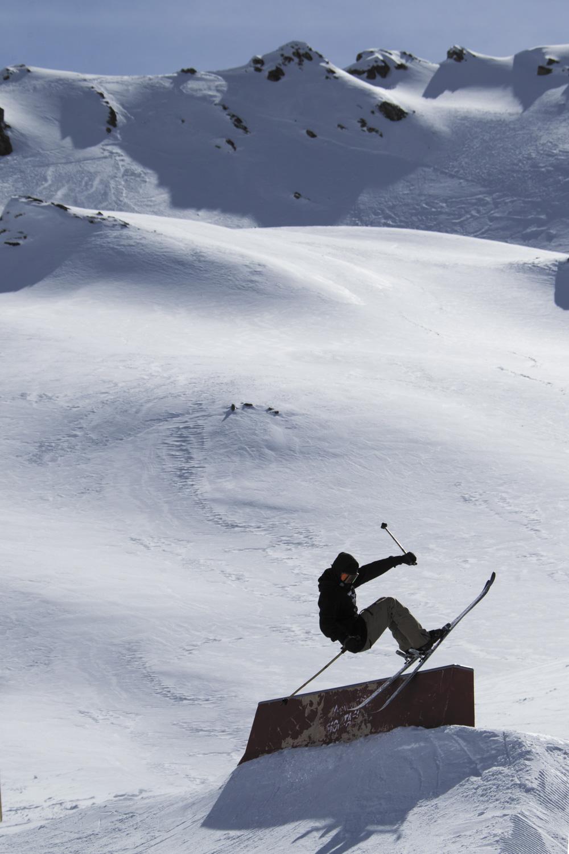 Tom Kobel im Snowpark Montafon ©Roman Lachner