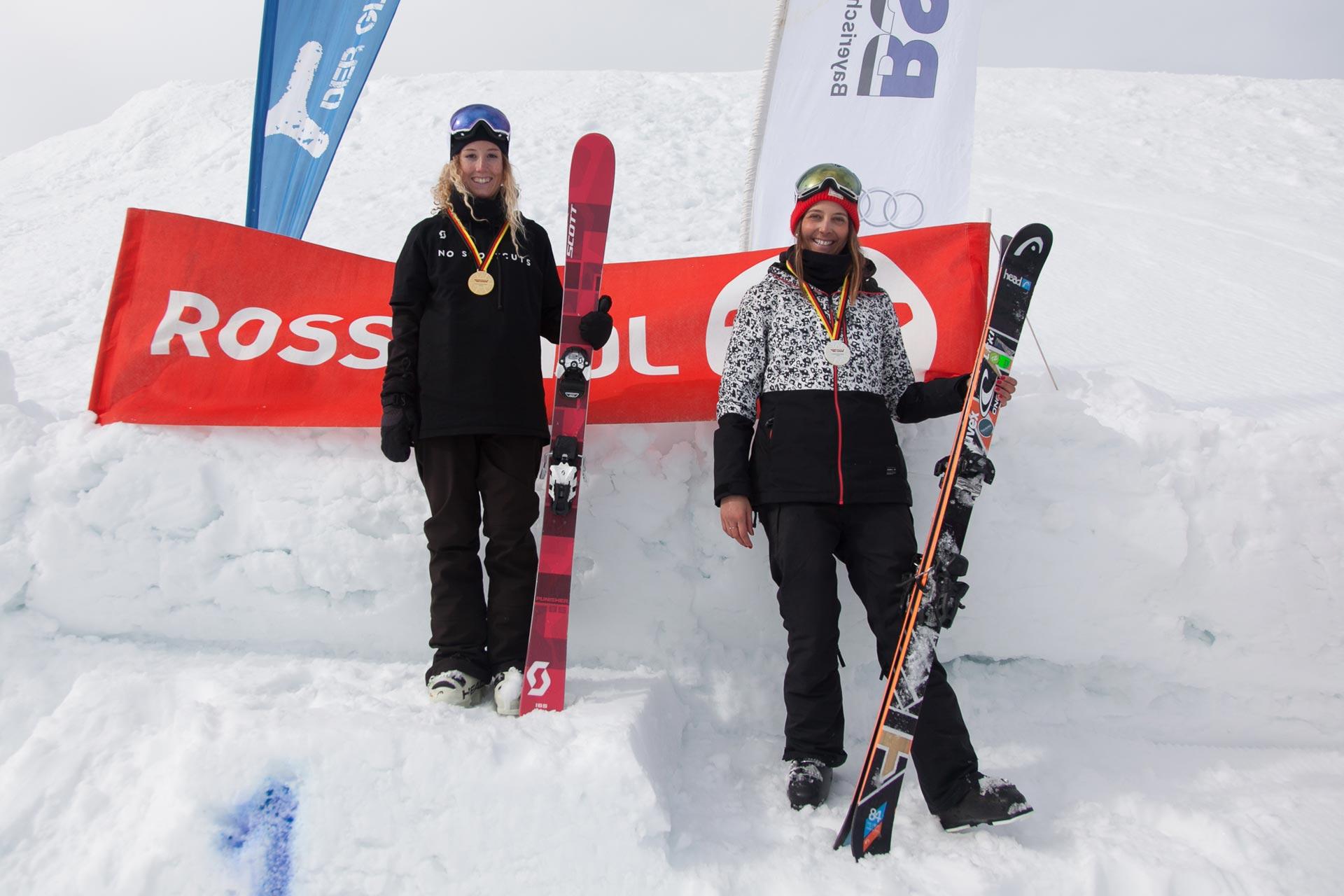 Die neue deutsche Meisterin im Big Air heißt Nina Schlickenrider, Sabrina Cakmakli landet auf dem zweiten Platz.