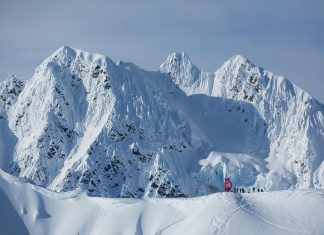 Preview: Traumstopp in Alaska - Freeride World Tour - Foto: freerideworldtour.com / J. Bernard