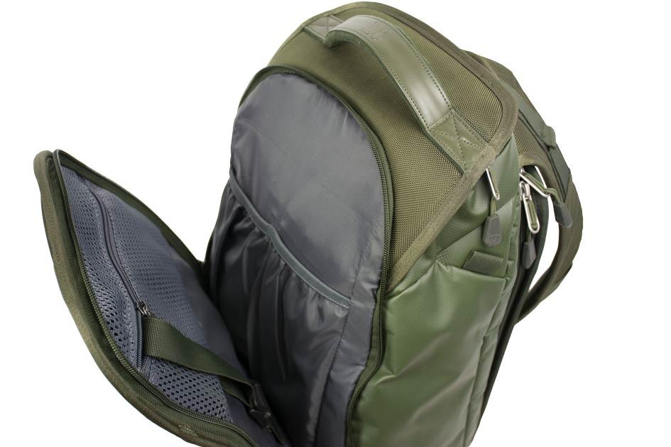 Der neue 17/18 Douchebags The Explorer - Farbe: Pine Green