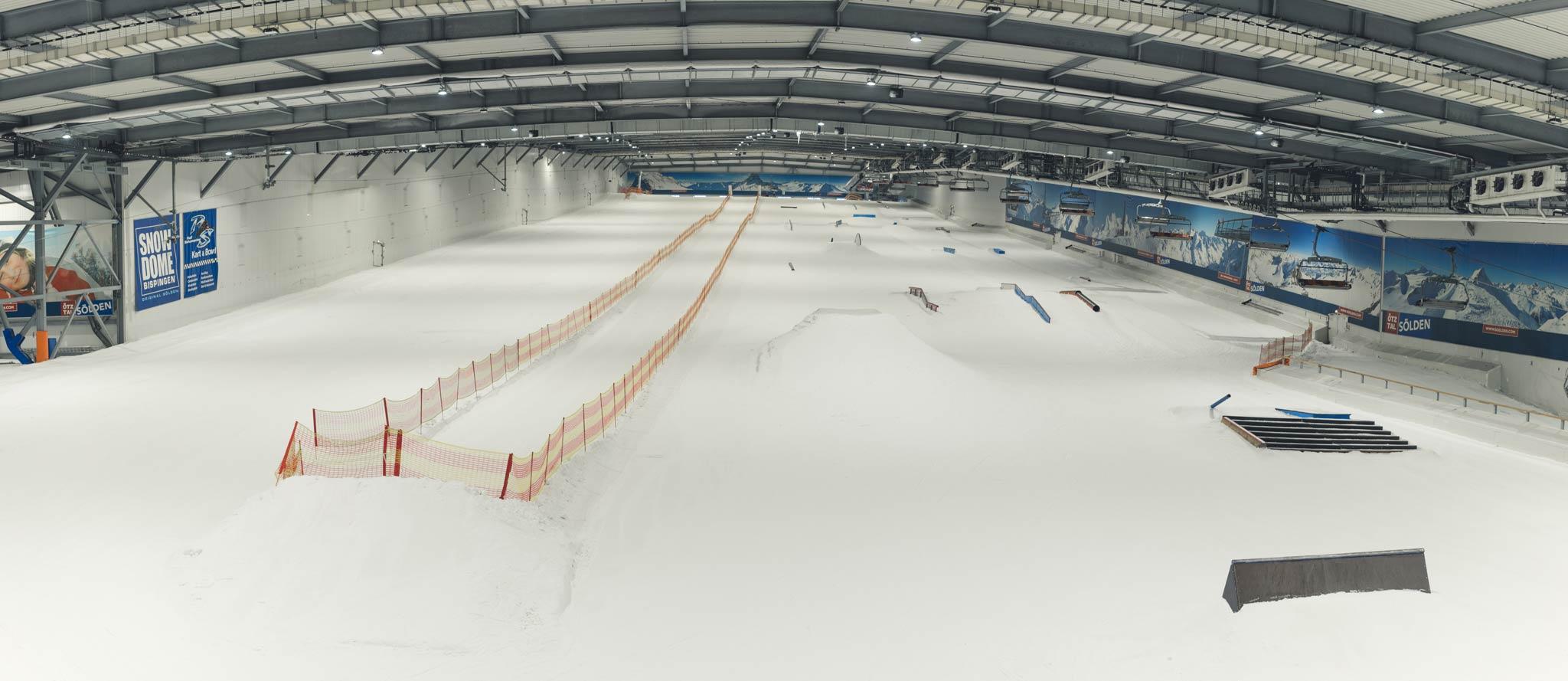 Im Zeitraum von Anfang Juni bis Ende Oktober bot der Snowpark Bispingen, ca. 70km von Hamburg entfernt, das weltweit größte indoor Setup an.