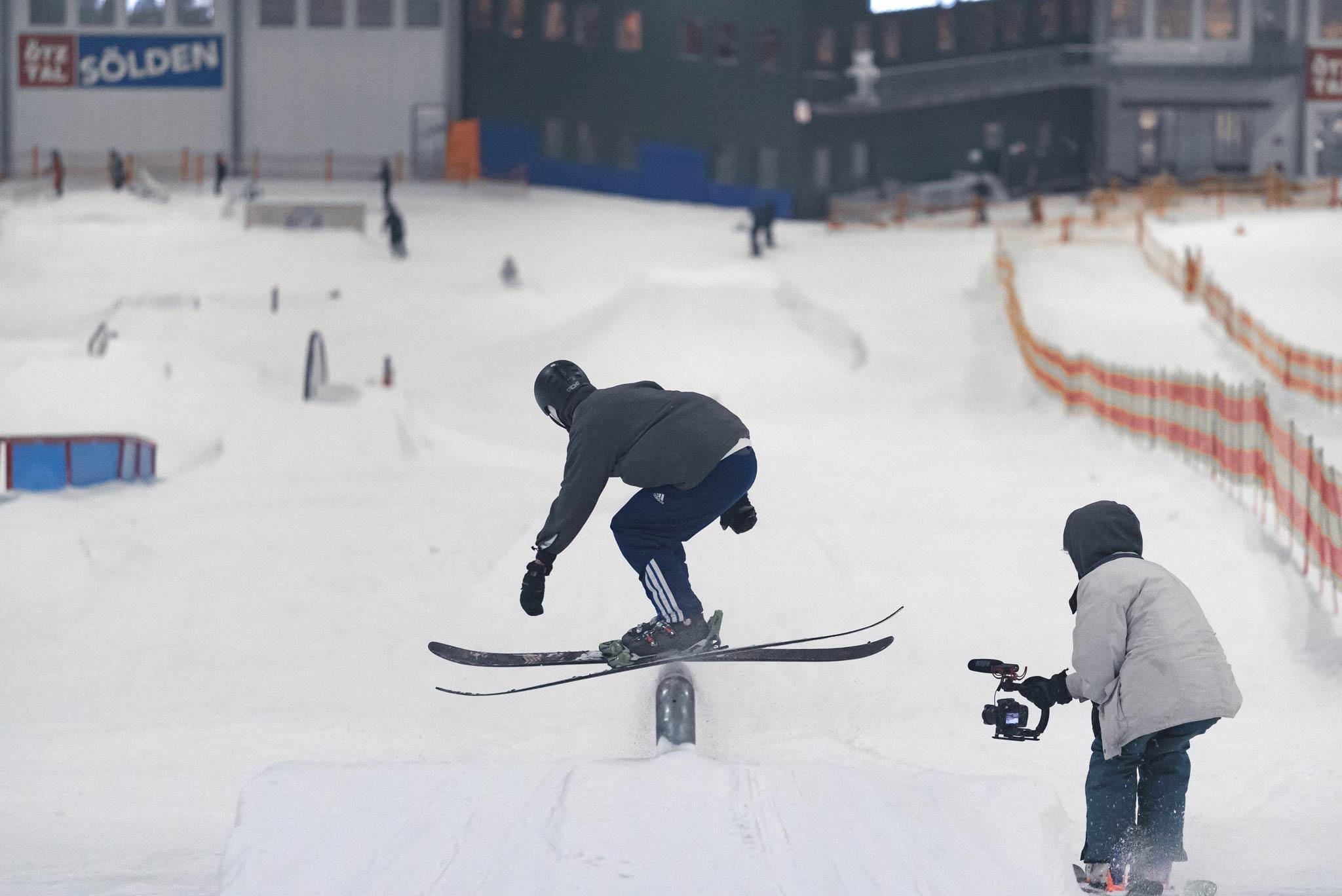 Von Anfang August bis Ende September lief ein Videocontest. Die beste Line von oben bis unten wurde mit einem 200€ Blue-Tomato Gutschein belohnt. Das 3 Monatsticket für den nächsten Sommer ging an den besten Run eines Snowboarders.