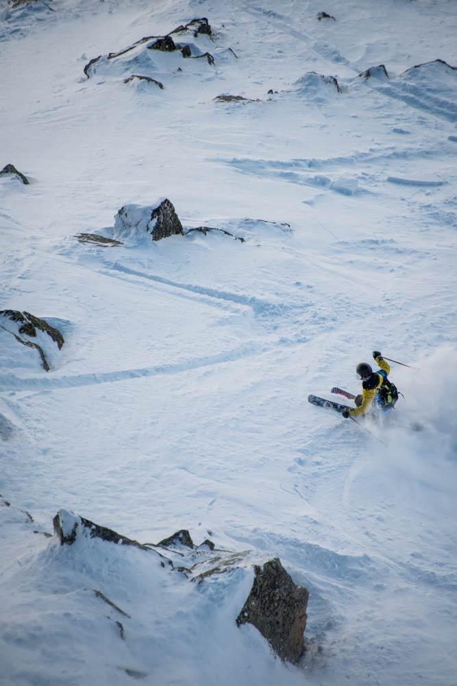 Unter dem Dach der Open Faces Freeride Contests, der Freeride World Tour und Kappl sollen die Freeride Junior World Championships bis 2020 im Tiroler Paznaun ausgetragen werden. - Foto: freerideworldtour.com