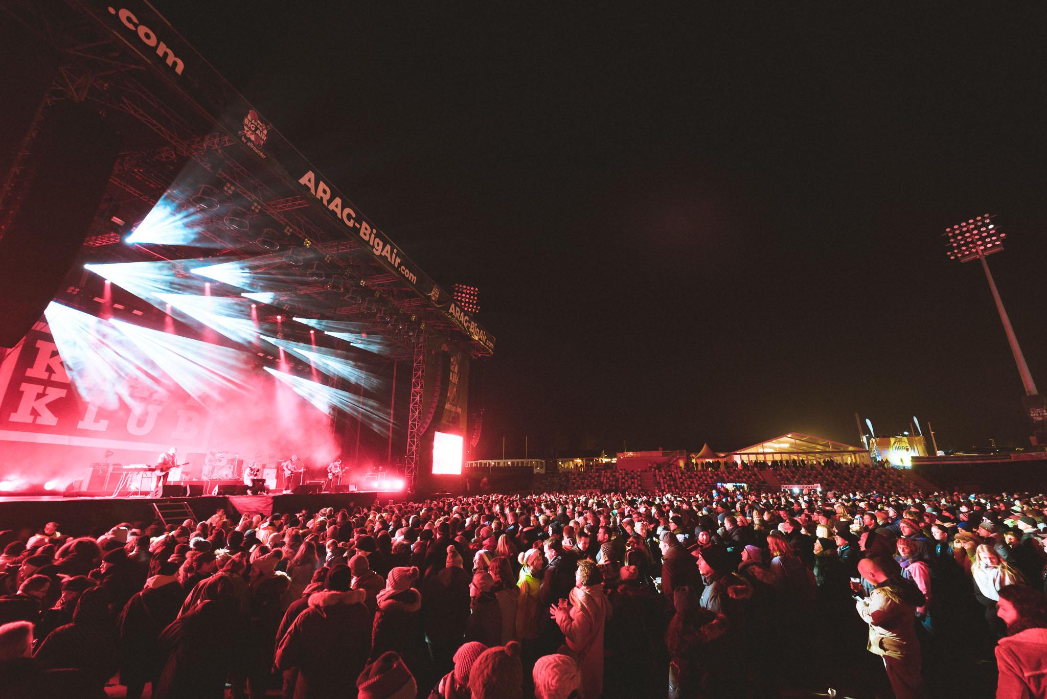 Lieferten am Freitag eine gute Show ab beim Big Air Festival in Mönchengladbach: Kraftklub