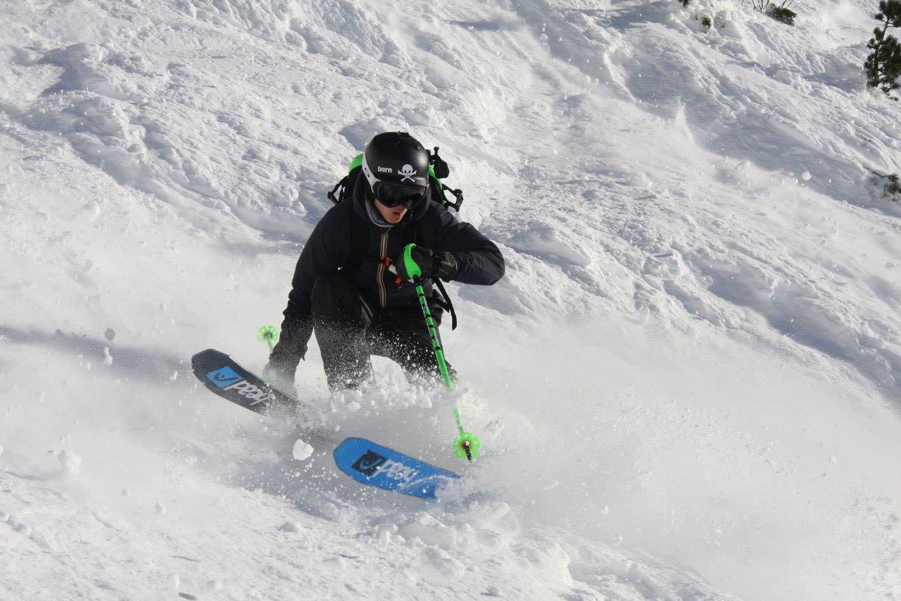 Neben der Youngstars Challenge gibt es sonst kaum noch Contest für Nachwuchsfahrer in den Alpen - erst recht nicht mit einer Kombiwertung aus Freeride und Slopestyle!