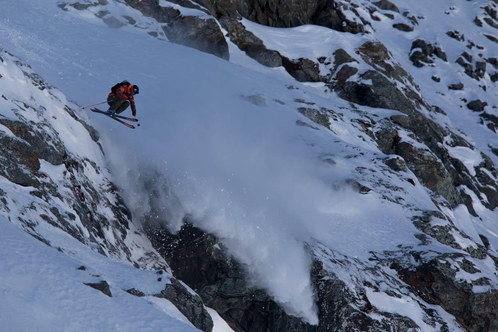 Den Livestream für den letzten Contest der Freeride World Tour 2018 findet ihr rechtzeitig vor dem Start hier auf PRIME Skiing - Foto: freerideworldtour.com / Christoffer Sjostrom