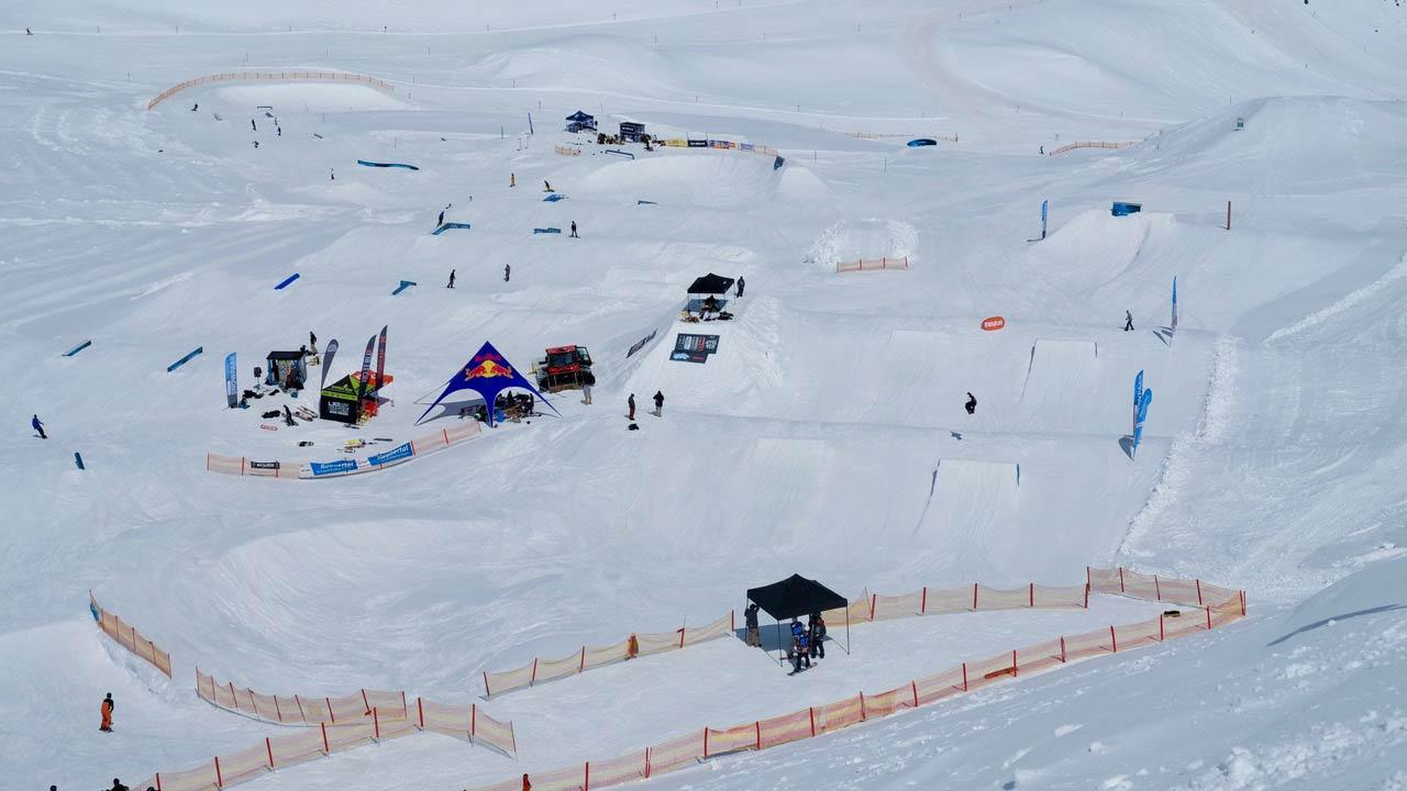 Das Spring Setup im Snowpark Kaunertal zu den Spring Classics im letzten Jahr - diesen Frühlings wirds wieder mindestens genauso geil! - Foto: Somaland