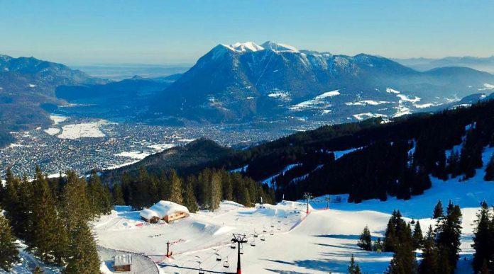 Cory Hodges verabschiedet sich als Parkmanager am Hexenkessel (Garmisch) - Foto: Josef Mittermeier
