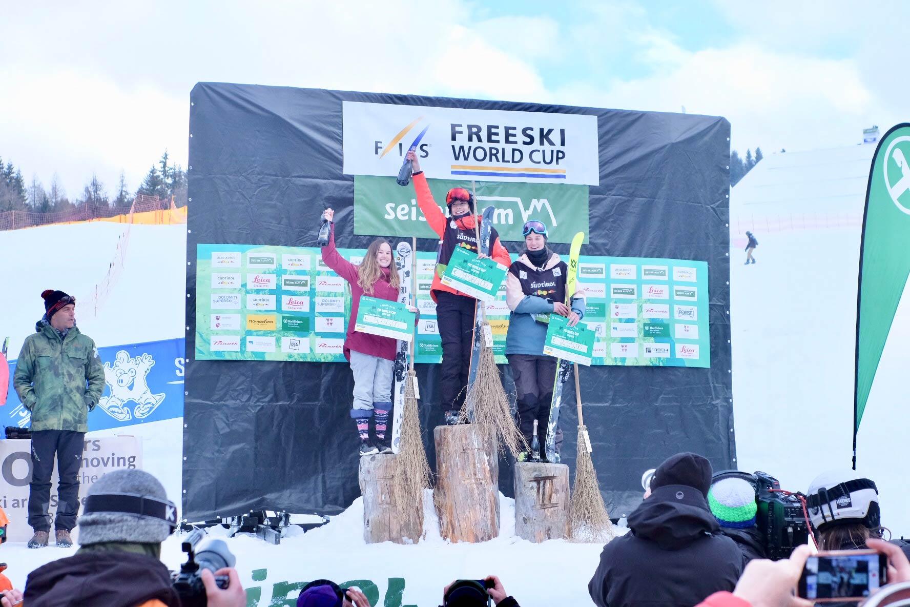 Die drei besten Frauen beim Slopestyle Weltcup auf der Seiser Alm 2019: Megan Oldham, Eileen Gu & Julia Krass (v.l.n.r.) - Foto: Seiser Alm