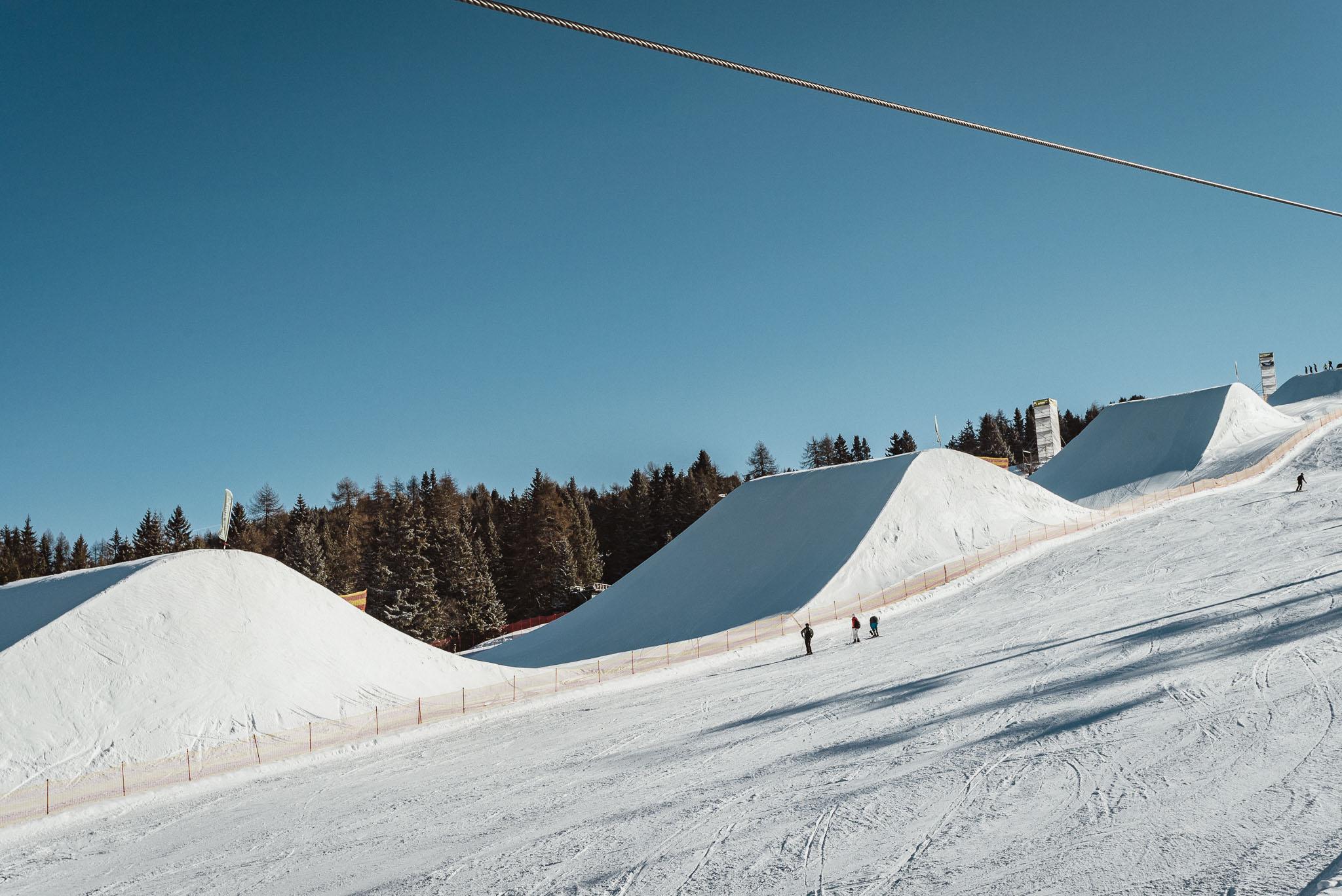 Die Park Crew hat für die Pro Jumps massive Hügel aufgeschoben, die perfekt funktionieren.