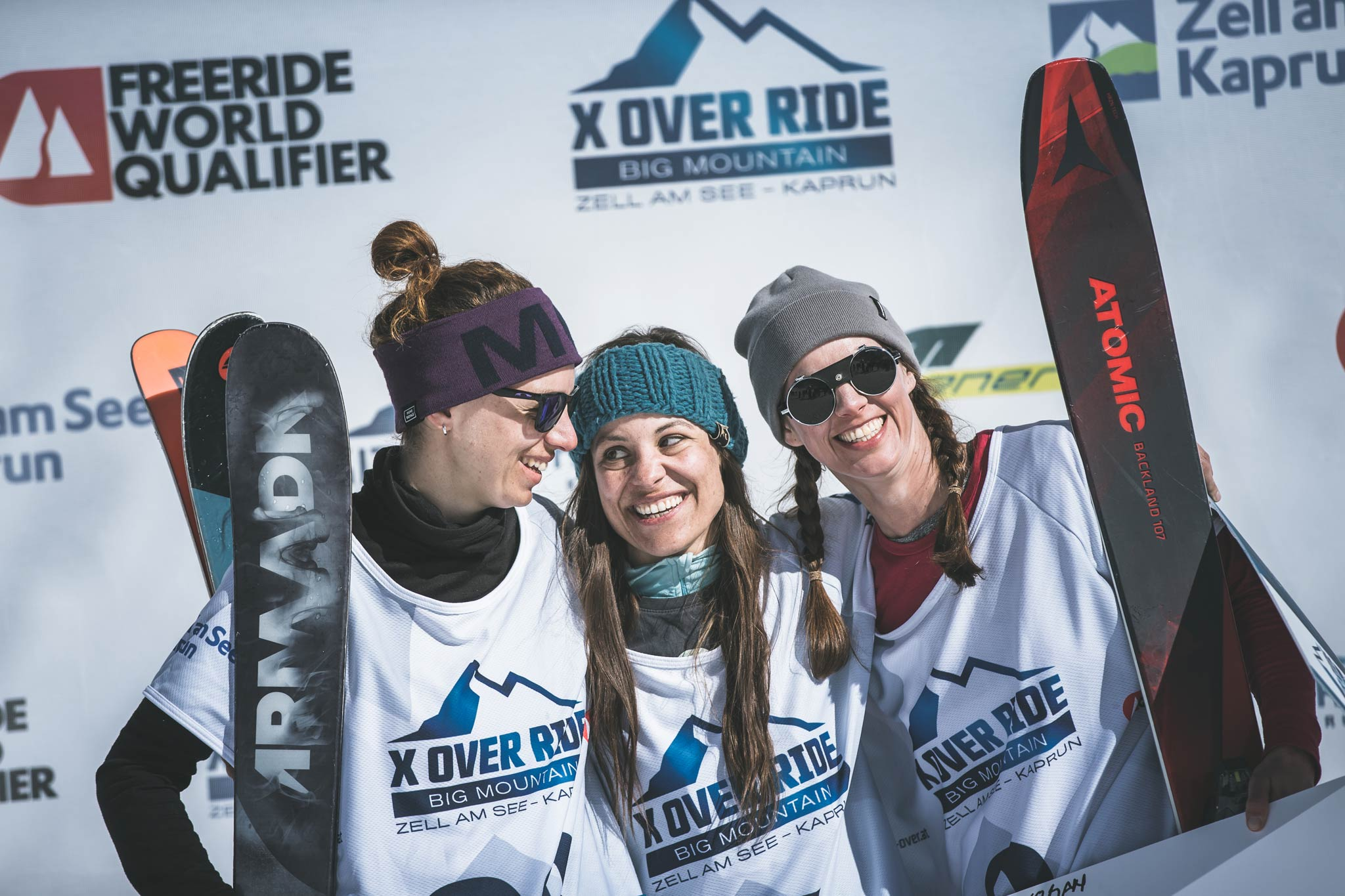 Die drei besten Frauen beim X Over Ride 2019 am Kitzsteinhorn: Jacoba Kriechmayr (AUT), Claudia Klobasa (AUT) & Katerina Kalinova (CZE) (v.l.n.r.)- Foto: Mia Knoll