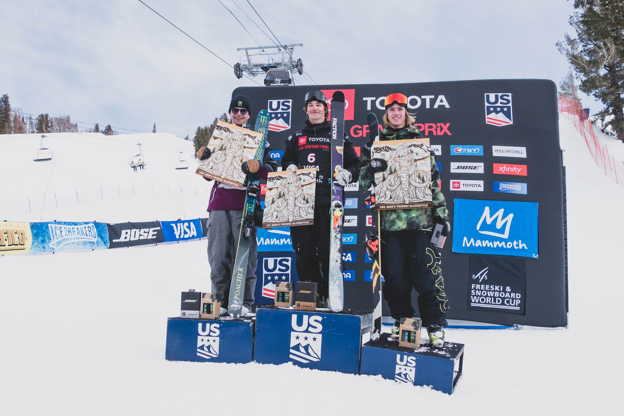 Die drei besten Männer beim FIS Freestyle Slopestyle World Cup 18/19 in Mammoth Mountain (USA): Ferdinand Dahl (NOR), Mac Forehand (USA) und Kiernan Fagan (USA) - Foto: FIS Freestyle