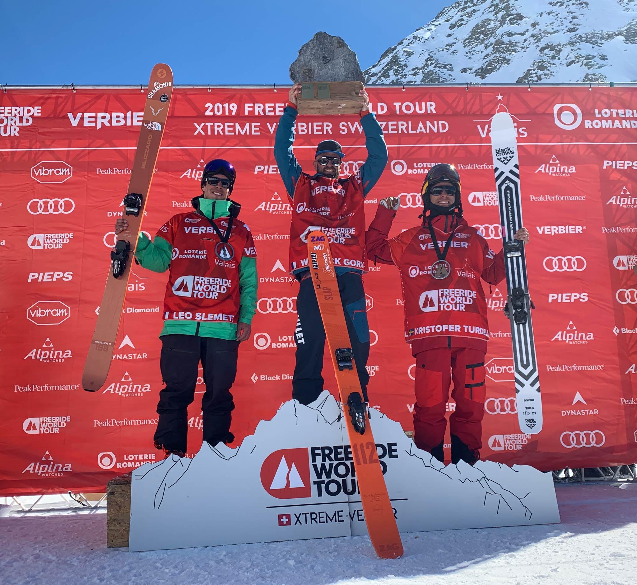 Die drei besten Männer beim letzten Contest der Freeride World Tour 2019 in Verbier (Schweiz): Léo Slemett (FRA), Wadeck Gorak (FRA) & Kristofer Turdell (SWE) - Foto: freerideworldtour.com