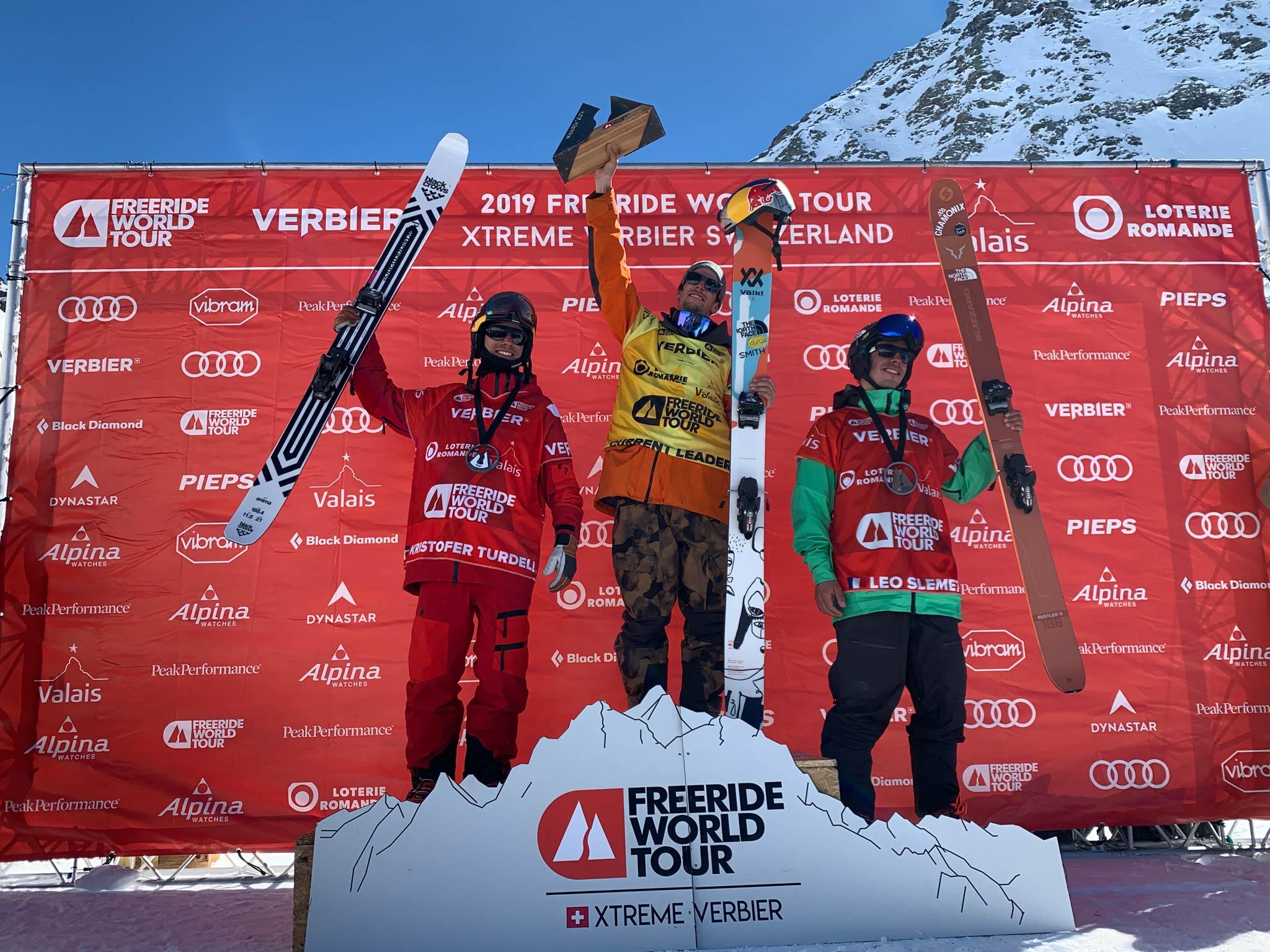 Die drei besten Männer am Ende der Freeride World Tour 2019: Kristofer Turdell (SWE), Markus Eder (ITA) & Léo Slemett (FRA) - Foto: freerideworldtour.com