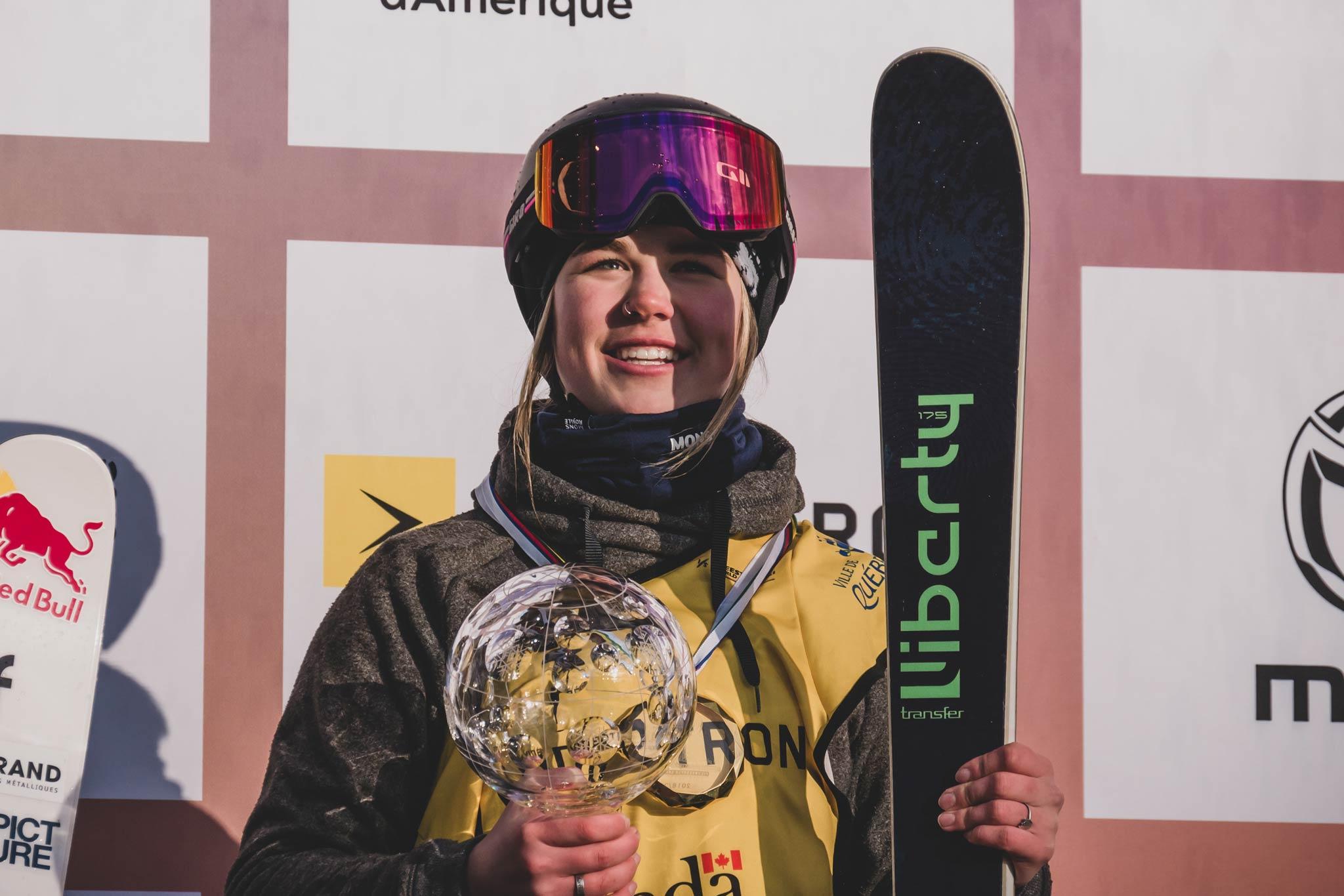Die World Cup Gesamtsiegerin in der Disziplin Big Air bei den Frauen in der Saison 18/19: Elena Gaskell (CAN) - Foto: FIS Freestyle