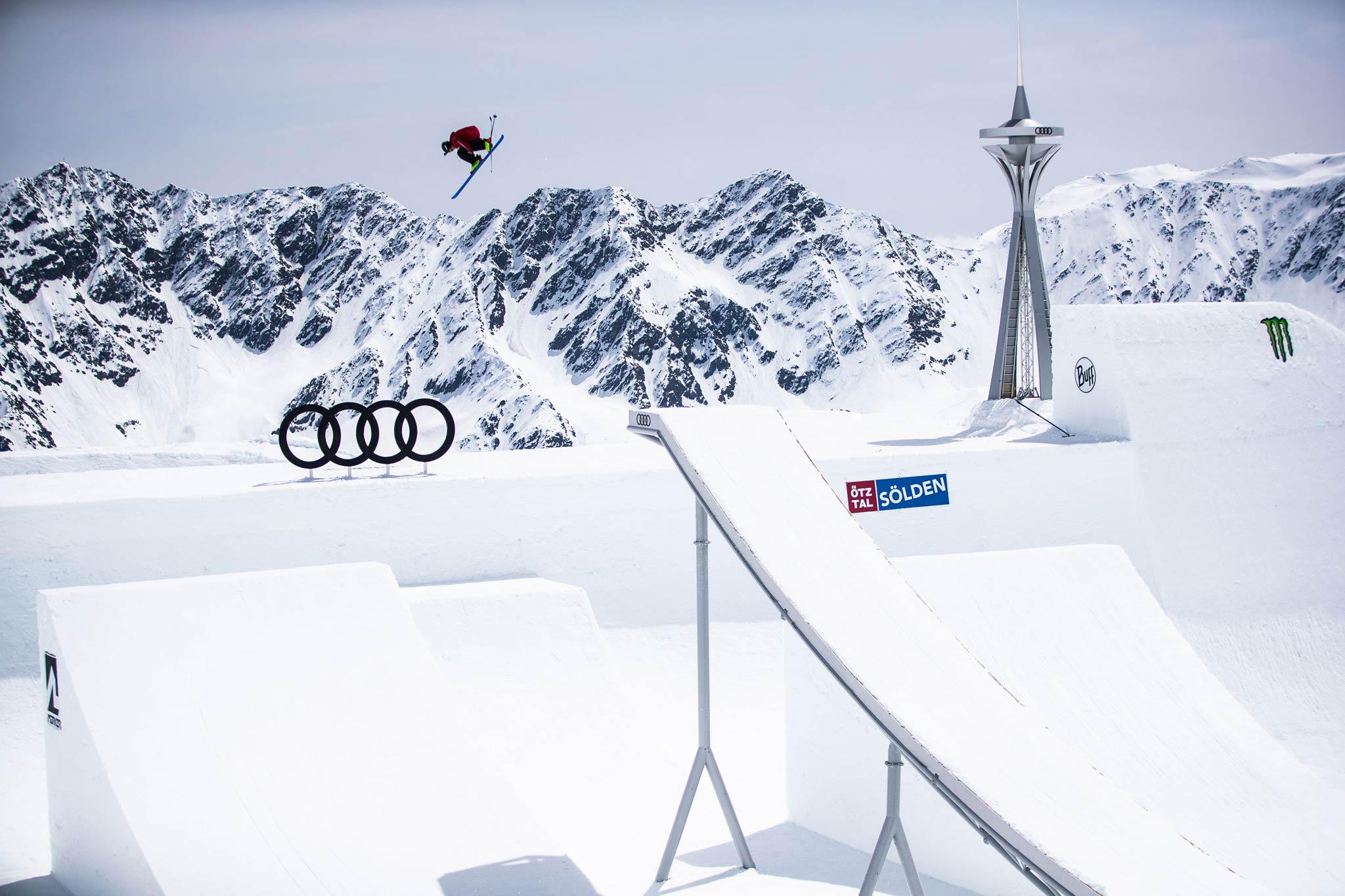 Tom Ritsch auf dem futuristischen Audi Nines 2019 Setup der Männer in Sölden - Foto: Flo Breitenberger