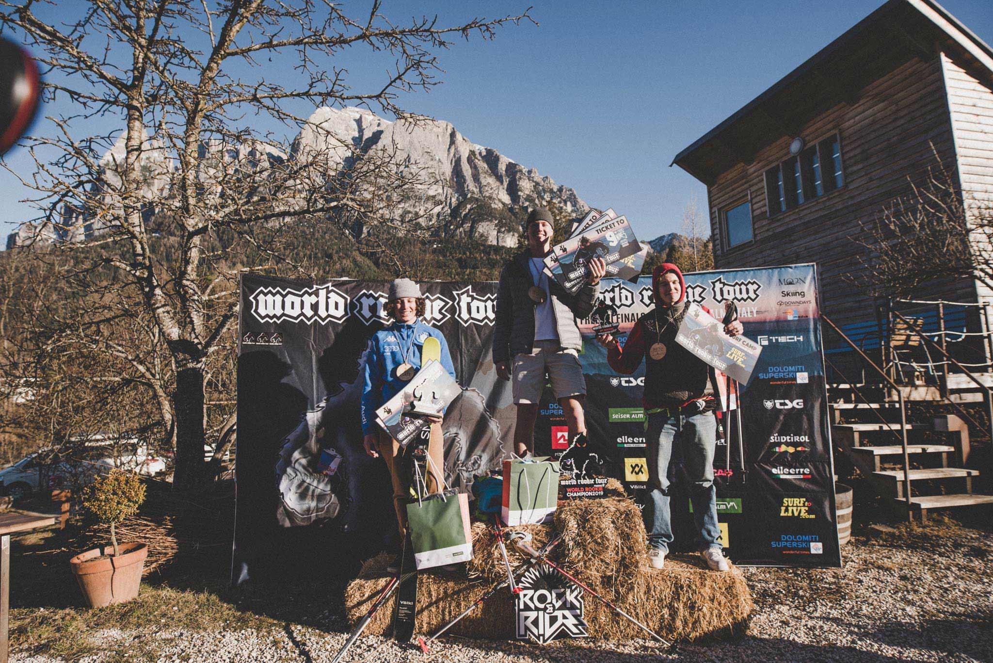 Die drei besten Jungs bei der Freeski World Rookie Tour 2019: Leonardo Donaggio (ITA), Ulrik Samnøy (Norway) & Tevje Skaug - Foto: Ania Grzelka