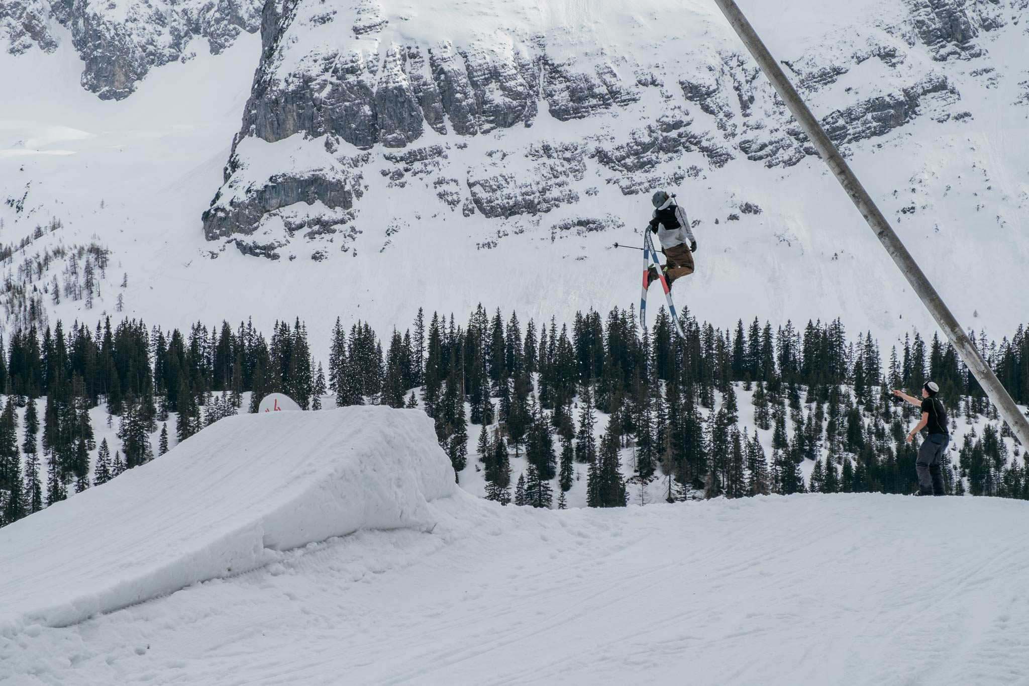 Crank it X-Dream Session 2019 - Snowpark Ehrwald - Rider: Lucas Mangold - Foto: Tim Kigle