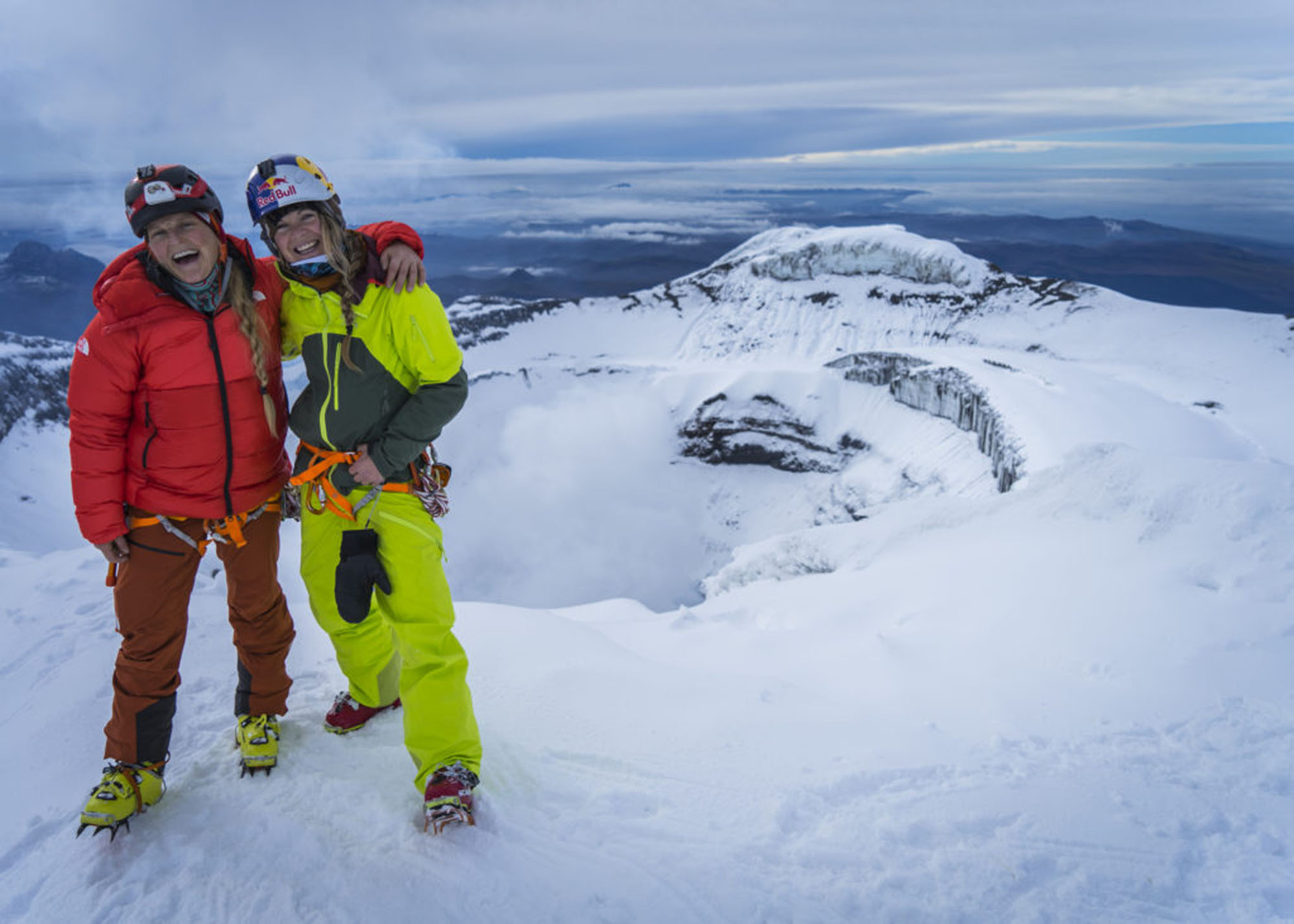 Emily Harrington und Michelle Parker am Gipfel des Cotopaxi ©Emily Harrington