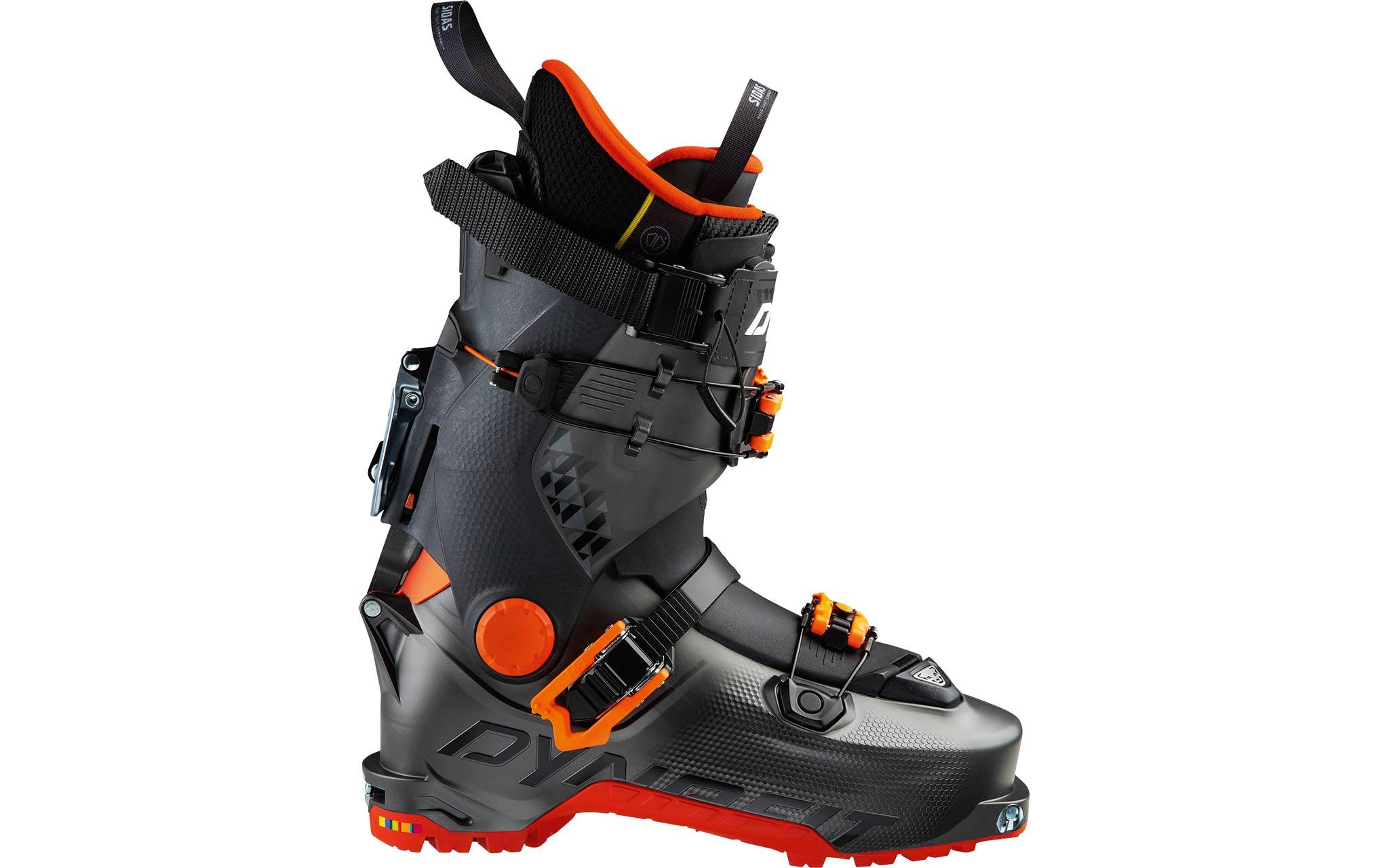 """Dynafit Hoji Free: Im Abfahrtsmodus kann der """"Hoji Free"""" mit einem Neigungswinkel von 11 Grad oder 17 Grad blockiert werden und bietet somit eine angenehme, aber gleichzeitig sportliche und kontrollierte Position auf dem Ski – sei es beim Pressen, Carven oder Slashen."""