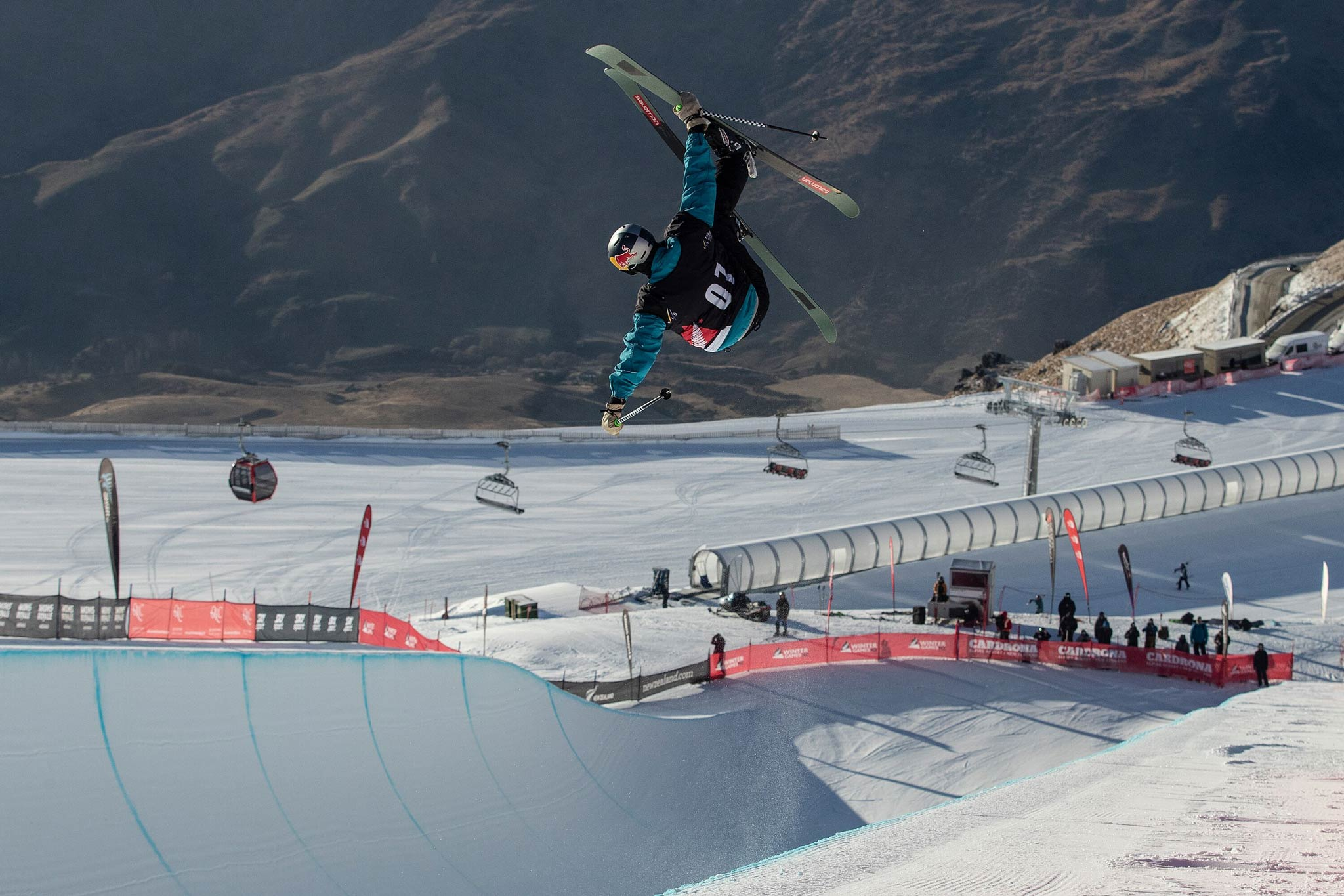 Der Zweitplatzierte Noah Bowman aus Kanada. - Foto: FIS Freestyle / Iain McGregor