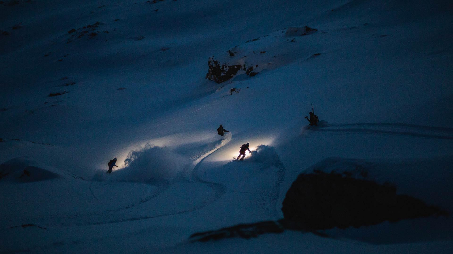 """""""Ohne die Dunkelheit könnten wir das Licht nicht sehen"""" - Foto: Atisaak Mattila"""