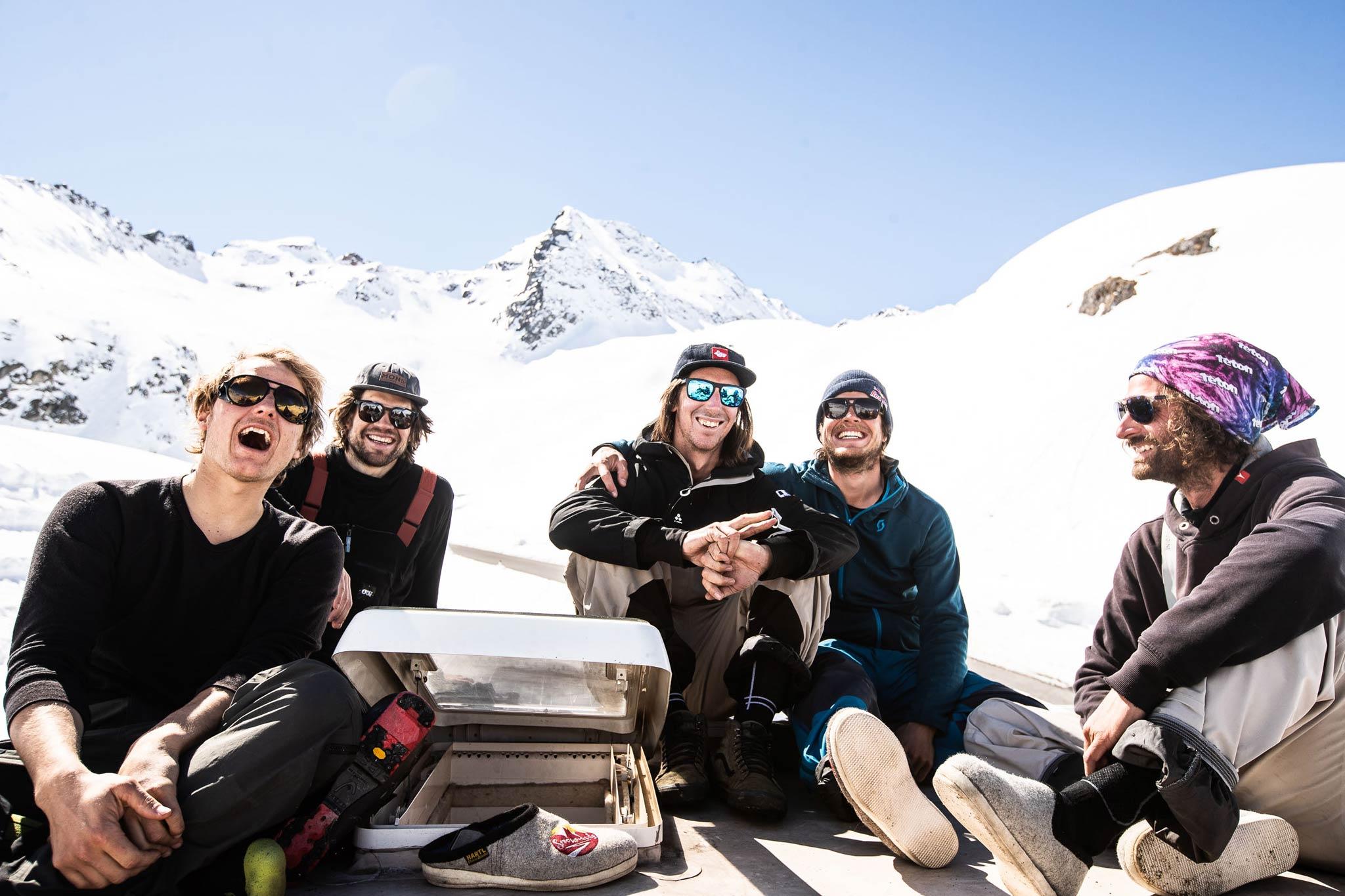 Die Crew: Jules Zenzmaier, Jochen Mesle, Neil William, Fabi Lentsch und Markus Ascher - Foto: Flo Breitenberger