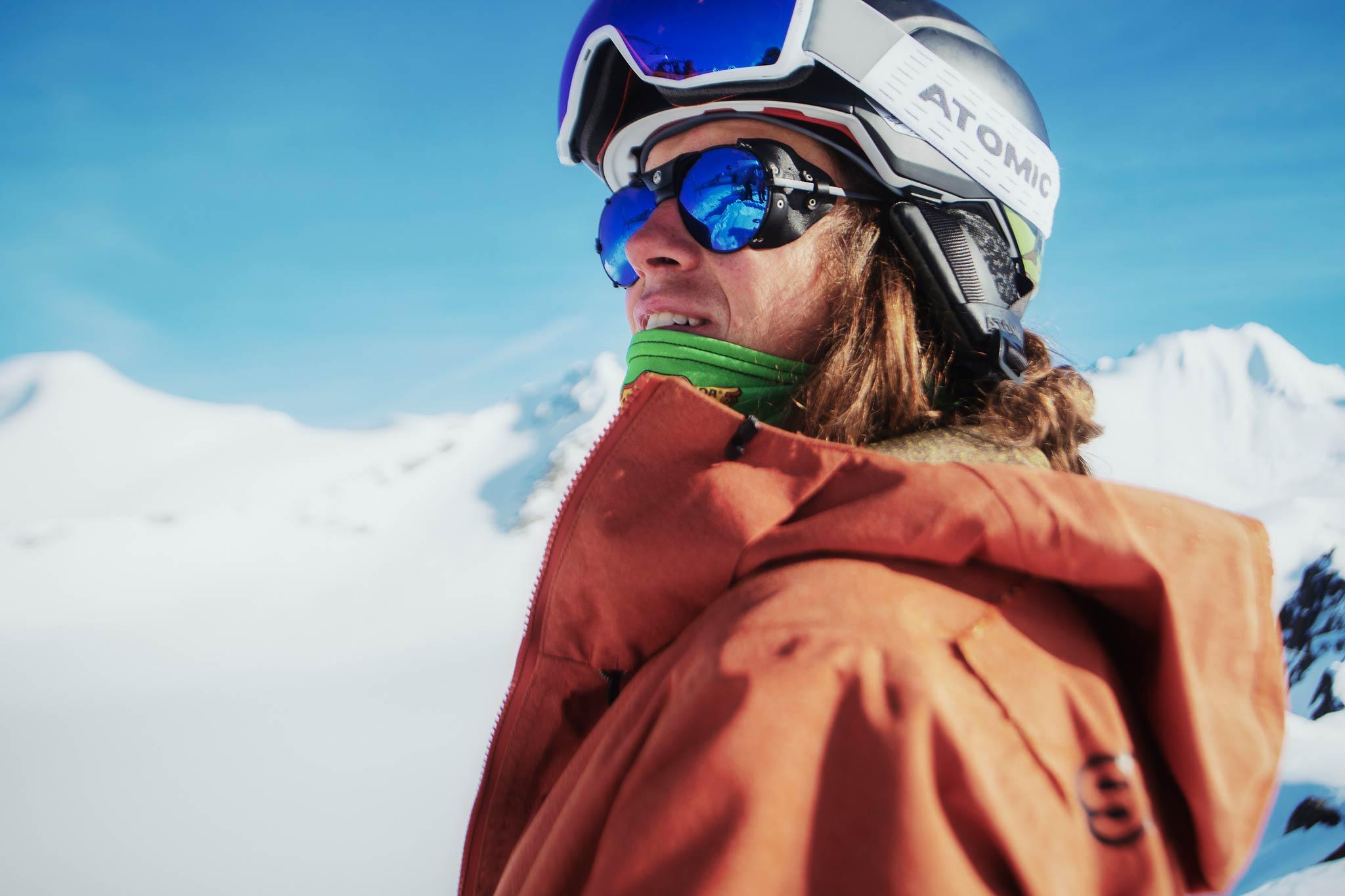 Freeskier Tim Durtschi ist dank einer Wildcard bei der Freeride World Tour 2020 mit am Start und macht das Feld dadurch noch einmal deutlich spannender! - Foto: freerideworldtour.com / Nic Alegre