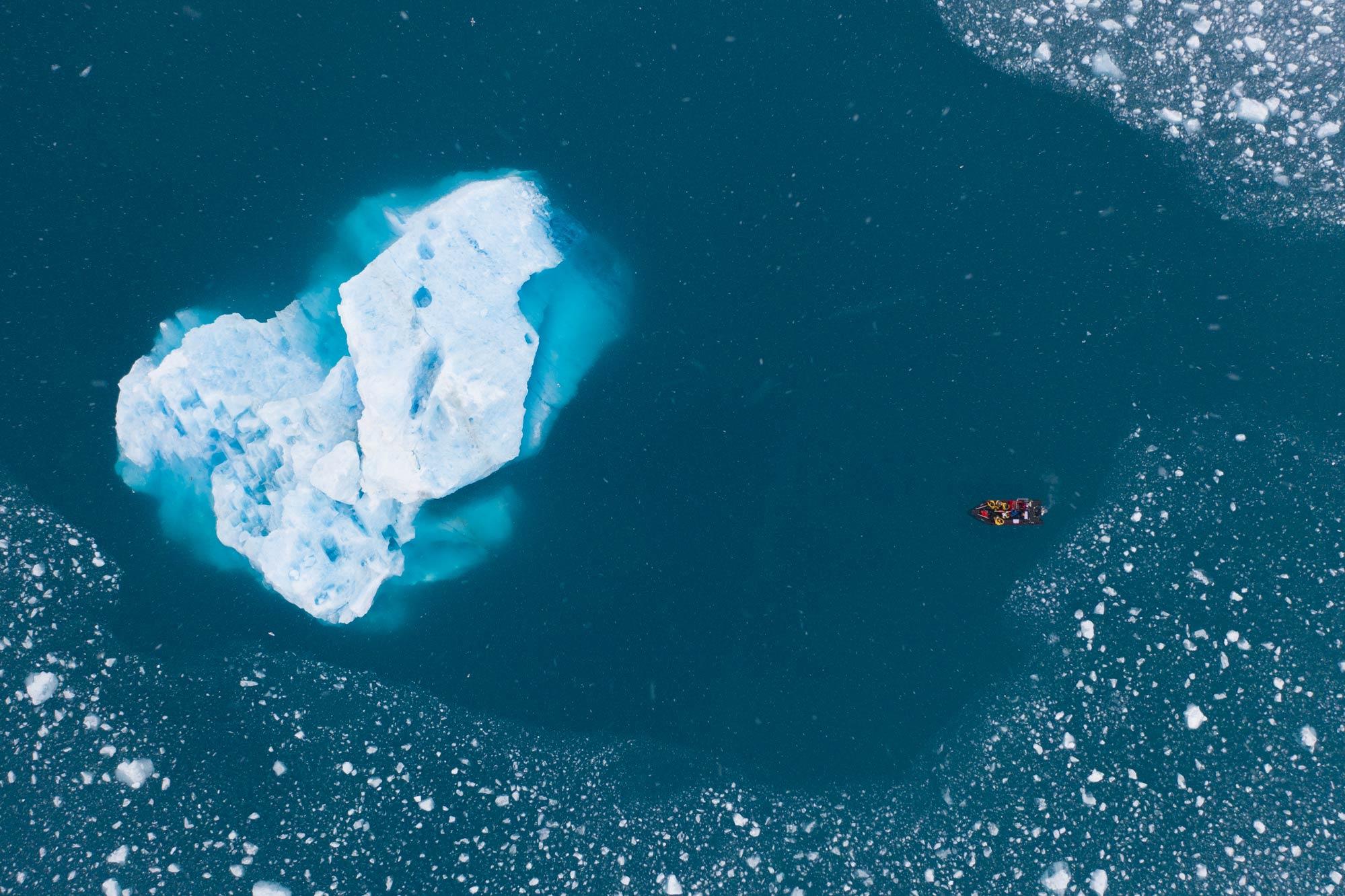 Spitzbergen (Svalbard) liegt rund 700 Kilometer Luftlinie vom nördlichsten Punkt Norwegens entfernt - Foto: Mathis Dumas