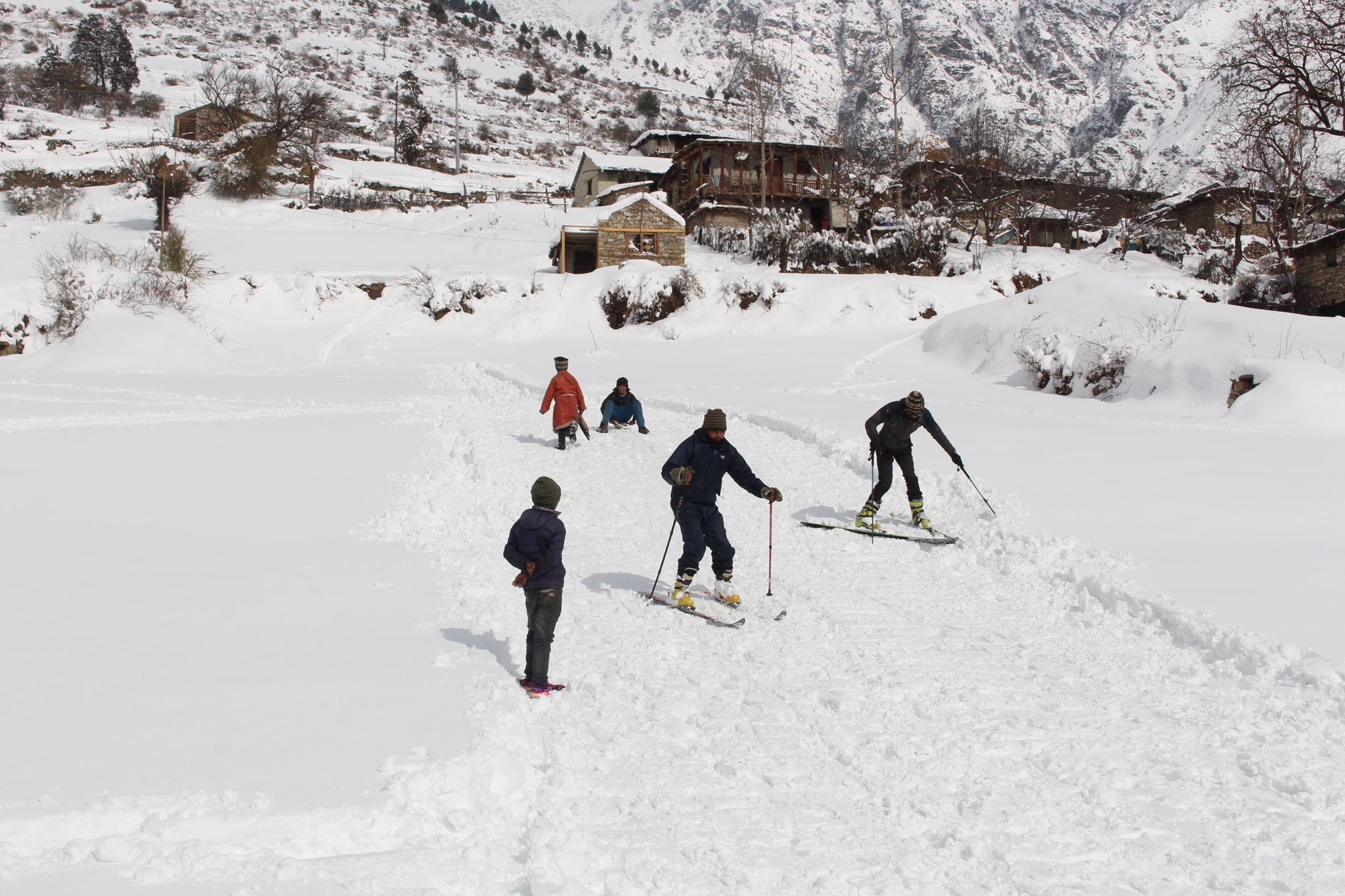 Skifahren und Entwicklungshilfe in Nepal