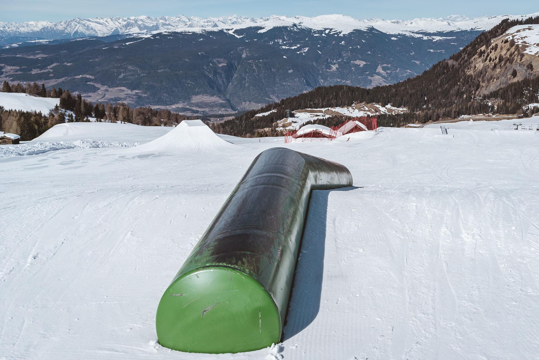 Diese große Tube ist nicht nur Flat Down sondern besitzt auch einen kleinen Elbow Knick.