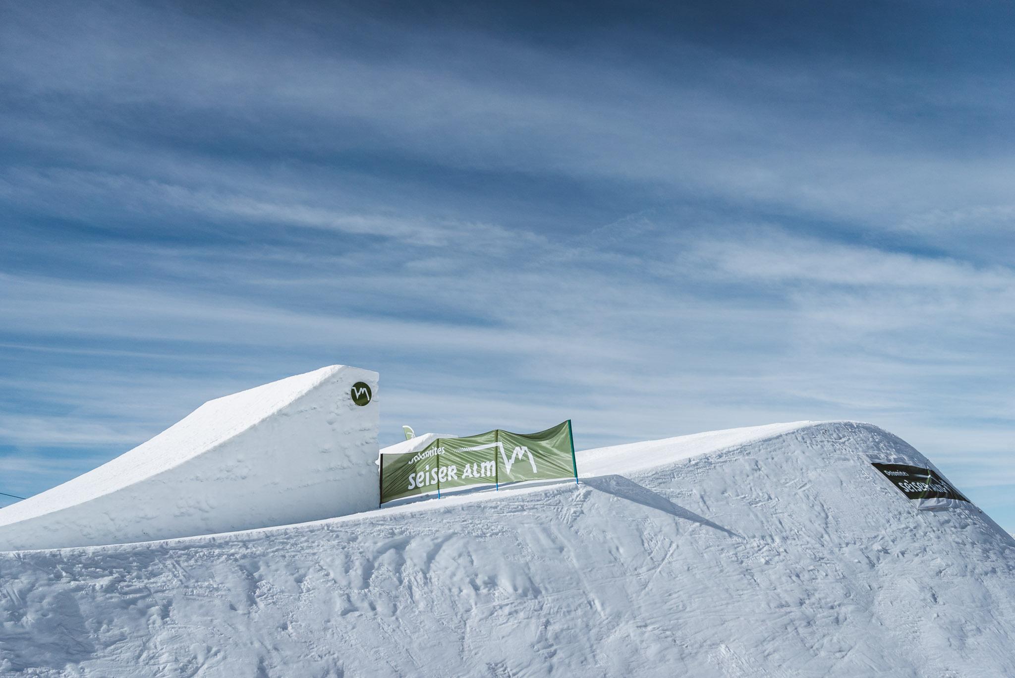 Der Jump ist einer der besten der Alpen im Moment und bietet genug Airtime für Doubles und Triples.