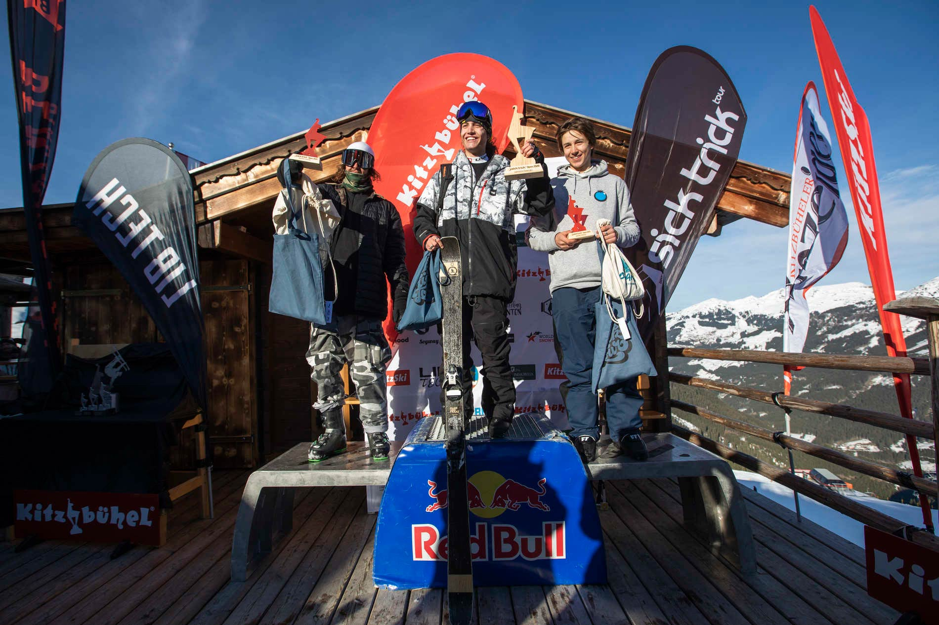 Die drei besten Männer in Kitzbühel: Patrick Schuchter (AUT), David Wolf (AUT), Luis Resch (AUT) - Foto: Roland Haschka