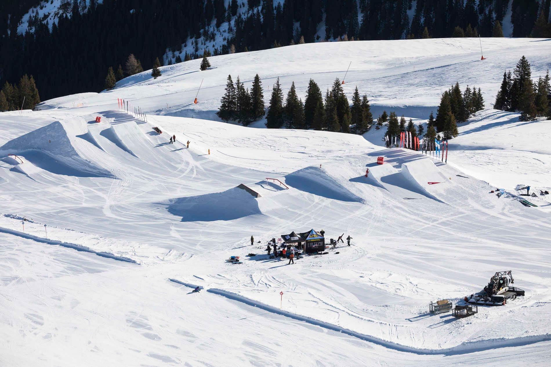 Das Contest Setup im Snowpark Kitzbühel. - Foto: Roland Haschka